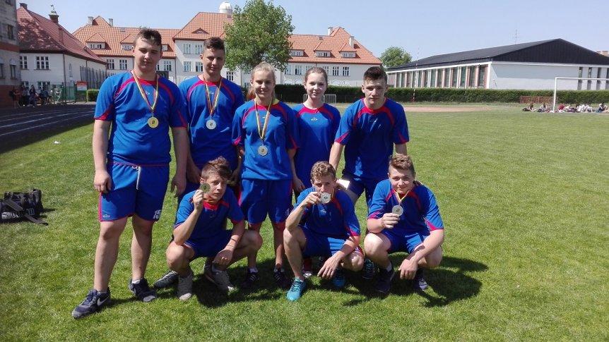 Uczniowie ZPPO w Broku na zawodach lekkoatletycznych w ramach Powiatowych Igrzysk Młodzieży Szkolnej